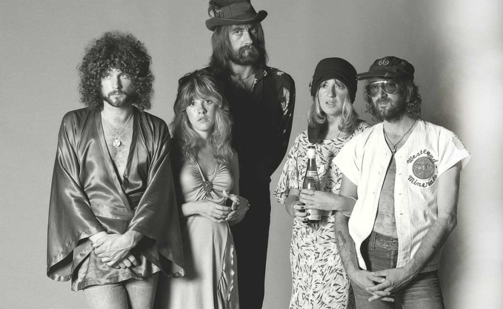 RUMOURS: HOW <br /> FLEETWOOD MAC'S <br /> GREATEST ALBUM <br /> ALMOST TORE THEM APART