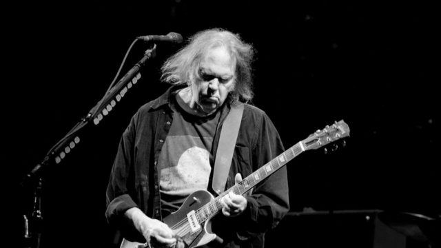 Neil Young Confirms New Crazy Horse Album
